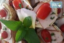 30 броя мини сандвичи с месни деликатеси, сирена и зеленчуци, My