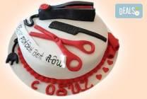 Торта за професионалисти: режисьори, фризьори, IT специалисти от