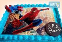 Детска торта 16 парчета със снимка на любим герой от Muffin House